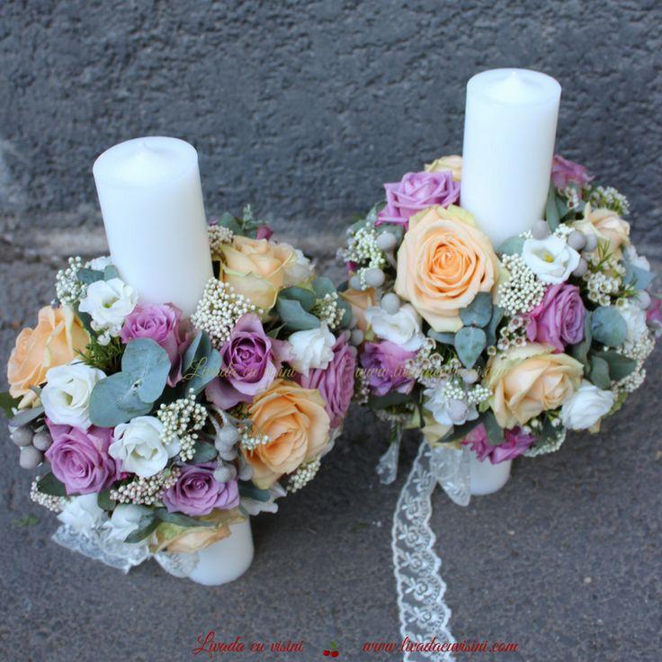 #lumanari #cununie #nunta #wedding #candles #tradition #flowers #madewithjoy #paulamoldovan #livadacuvisini #nunta #flori #cununie #lumanari #stalp #bujori #culori #peonies #peony #colors #veronica #roses #peach #purple #trandafiri #eucalipt #riceflower #waxflower #shesaidyes #sayitwithflowers
