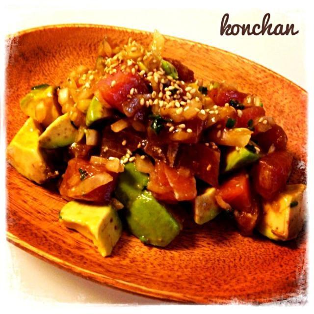 ハワイの家庭料理のアヒポキ♡ ハワイのスーパーのお惣菜コーナーには色んな種類のポキが並んでいて、ジャンキーご飯に飽きた時に食べるとメチャ癒されるお料理です(*´艸`) たまに無性に食べたくなる一品です♡ - 266件のもぐもぐ - アヒポキ by こんちゃん