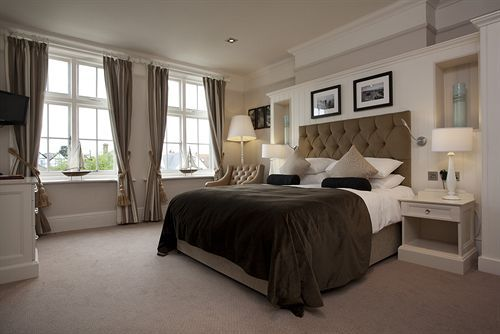Marine Hotel, Whitstable, United Kingdom. Rates from GBP80
