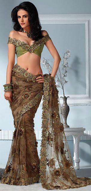 saree blouse design. She looks like a Mermaid @EstellaSeraphim