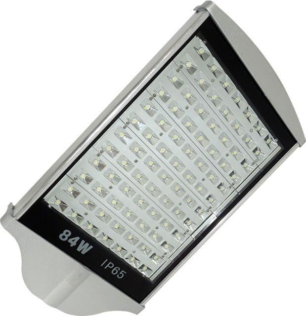 LAMPA STRADALA LED 84W ALB RECE si flux luminos 7560LM este conceputa pentru iluminatul stradal puternic si cu durata mare de viata (lumina de temperatura de culoare alb rece) in regim economic datorita tehnologiei LED. Pretul este exprimat per bucata.