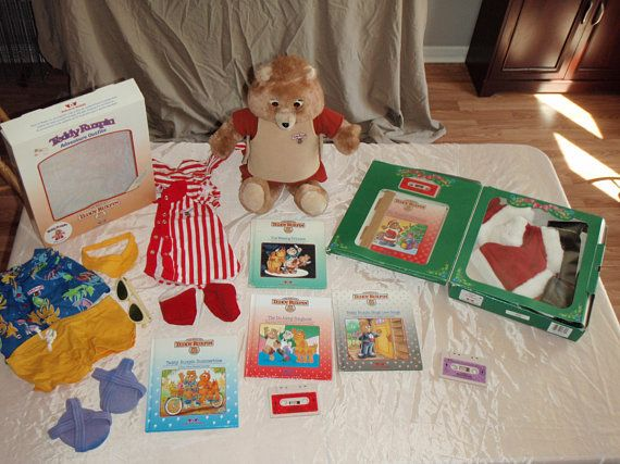 Teddy Ruxpin Original with books tapes outfits 1985 Worlds