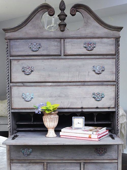 Driftwood Projects Diy Projects Furniture Redo Painted Furniture Furniture Ideas Weathered Wood Diy Ideas Chalk Paint Step By Step