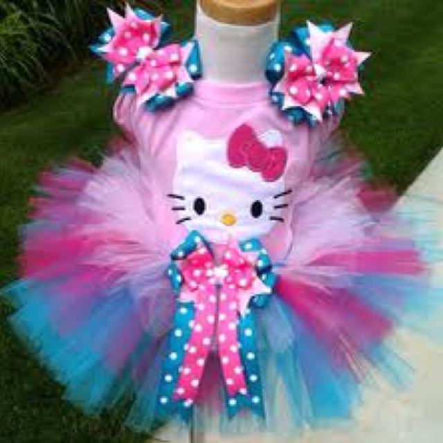 Hello kitty & tutu