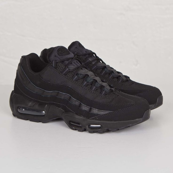 Nike Air Max 95 Tripe Black