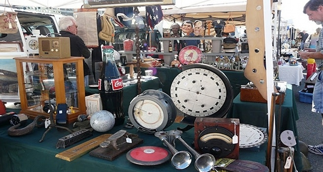 Long Beach Antiques Market, going this sunday..I love my hubby for finding these for me!