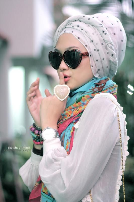 a truly unique #hijabi #style love it!