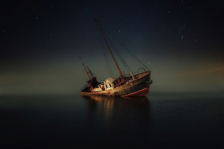 Mysterious Photography by Mika Suutari | Abduzeedo Design Inspiration