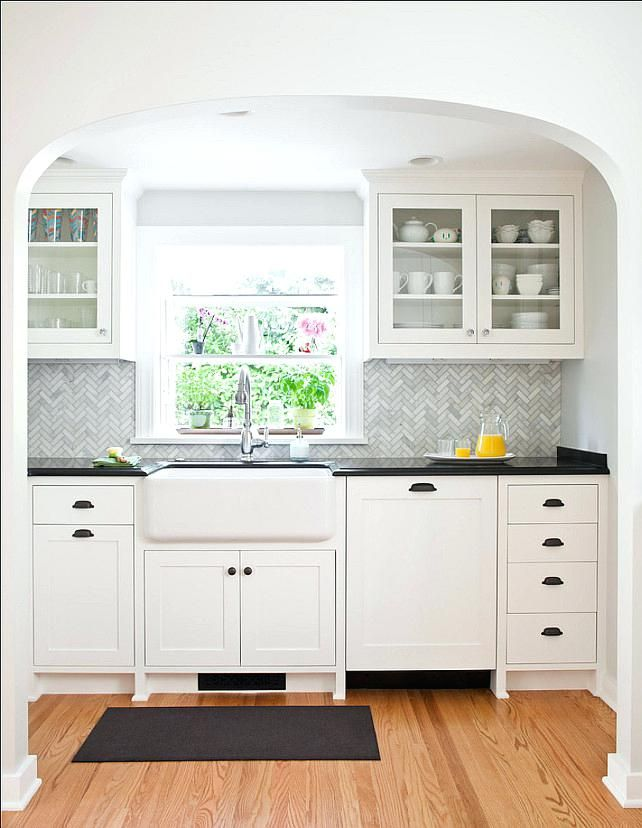 Kelly Moore Swiss Coffee Cabinets Old Redwood Cottage Kitchen