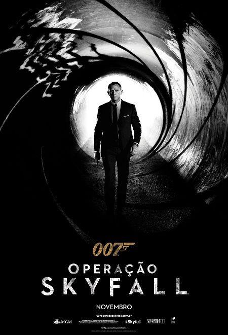 Um filme de Sam Mendes com Daniel Craig, Judi Dench : O roubo de um HD contendo informações valiosas sobre a identidade de diversos agentes, infiltrados em células terroristas espalhadas ao redor do planeta, faz com que James Bond (Daniel Craig) parta atrás do ladrão. A perseguição segue pelas ruas de u...