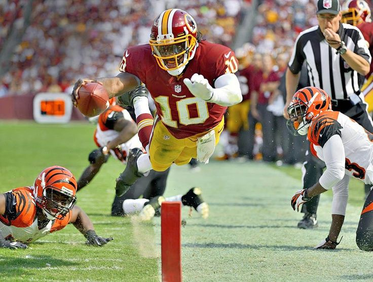 NFL Photos Flying RG3