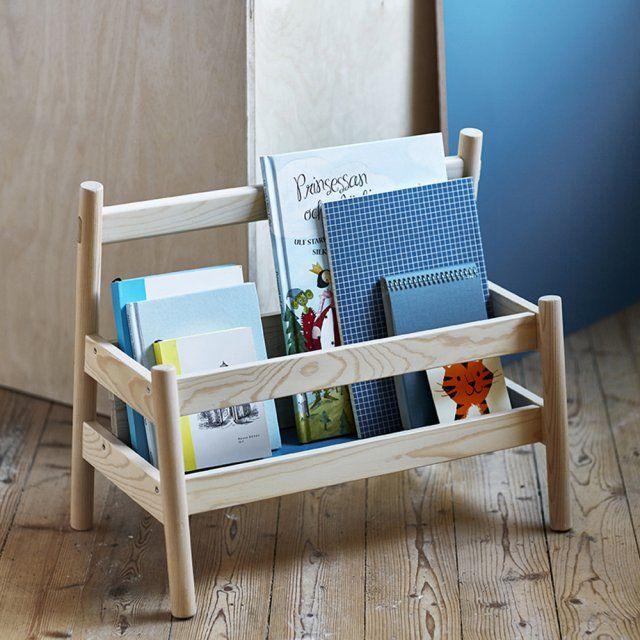 Un présentoir à livres Ikea en bois pour une chambre d'enfant / childroom/ kids