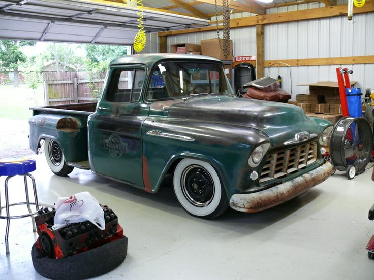 """""""3wLarry""""s Chevy truck."""
