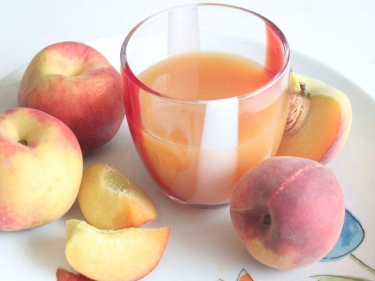 Sano e genuino, il succo di frutta alla pesca Bimby è l'ideale per la merenda dei tuoi ragazzi. Solo frutta fresca e tanto gusto!