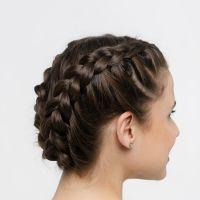 Penteados para noivas de cabelo cacheado: do boho ao sofisticado, mais de 50 opções para se inspirar no dia do casamento