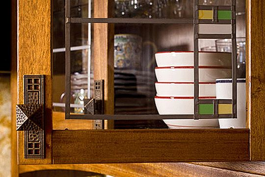17 best images about cabinet hardware on pinterest for Craftsman style kitchen hardware