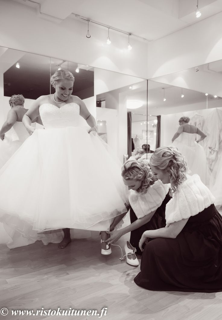 #weddings #dressing #hääpuku #valokuvaus #photography
