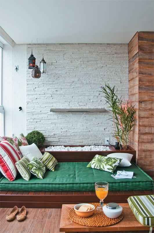 Um canto especial para relaxar e meditar dentro de casa... arq. Juliana Pippi