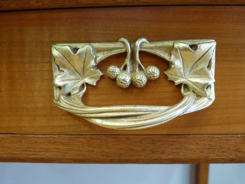 136 best images about art nouveau mobilier on pinterest bijoux charles rennie mackintosh. Black Bedroom Furniture Sets. Home Design Ideas