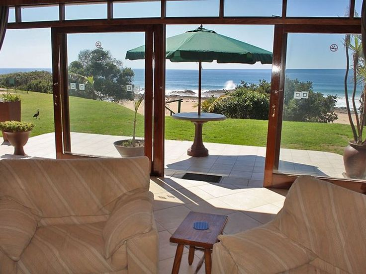 Located absolutely along the beachfront, this three bedroom apartment, will be enjoyed by everyone.On the ground floor, the apartment is 165 mt2 and sea facing.  Up to 6 guests can be accommodated in three bedrooms with two bathrooms, of which one is en suite.The living room is spacious and light, and includes a fully equipped kitchen with scullery, a large lounge with comfortable furnishings and a TV, a dining area and outside patio. Alexander Place Absolute Beachfront is only a 100km from…