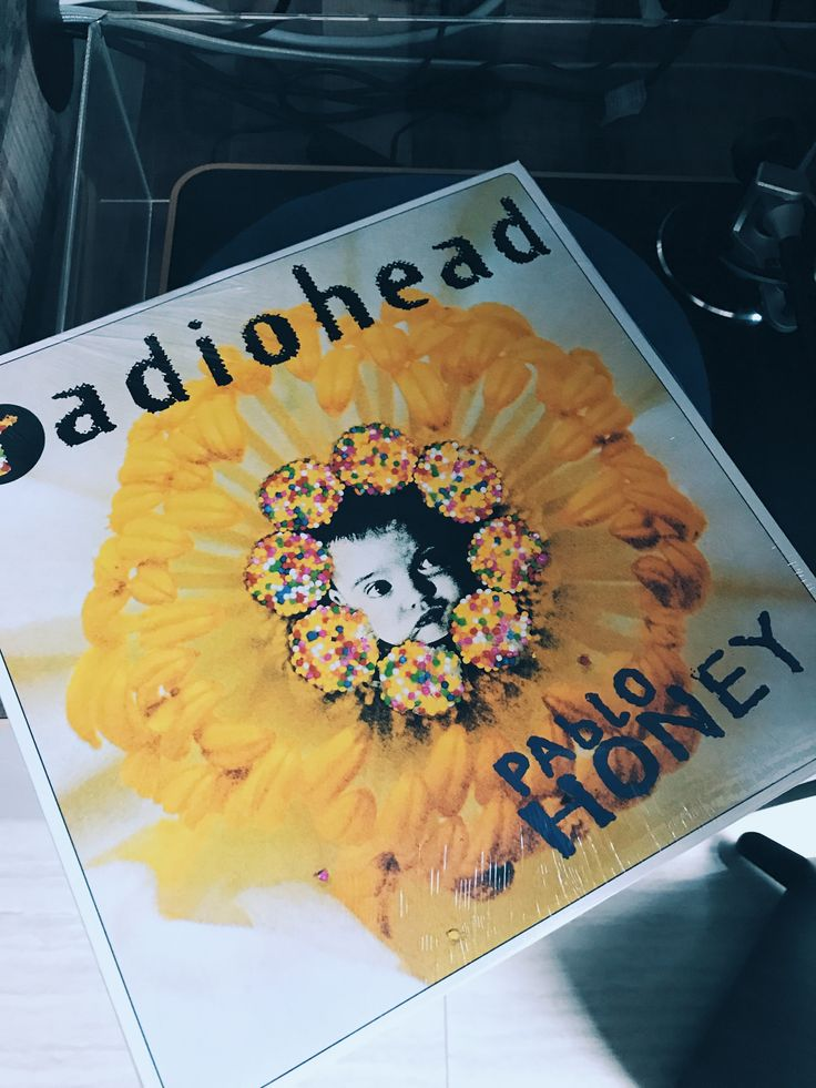 13 May. Classic album day of #mayvinylchallenge goes to Radiohead's Pablo Honey. Thom and friends came to the world. They are creeps.
