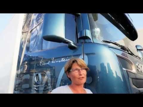 """L'European Truck Festival – www.europeantruckfestival.com – è parte di un nuovo concetto di evento di settore, più vicino all'idea di Expò, che, oltre al tradizionale evento raduno, ha come scopo quello di valorizzare e mostrare ad un pubblico il più ampio possibile l'affascinante mondo dei camion e del truck tuning, con un respiro internazionale. Ecco spiegato il claim dell'evento, """"Eroi su strada"""", che riassume la filosofia del settore, dove l'autista non è solo un addetto, ma un Uomo"""