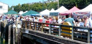 Foodies and art lovers enjoy the waterfront location of Everett Farmers Market. Photo courtesy of Everett Farmers Market.