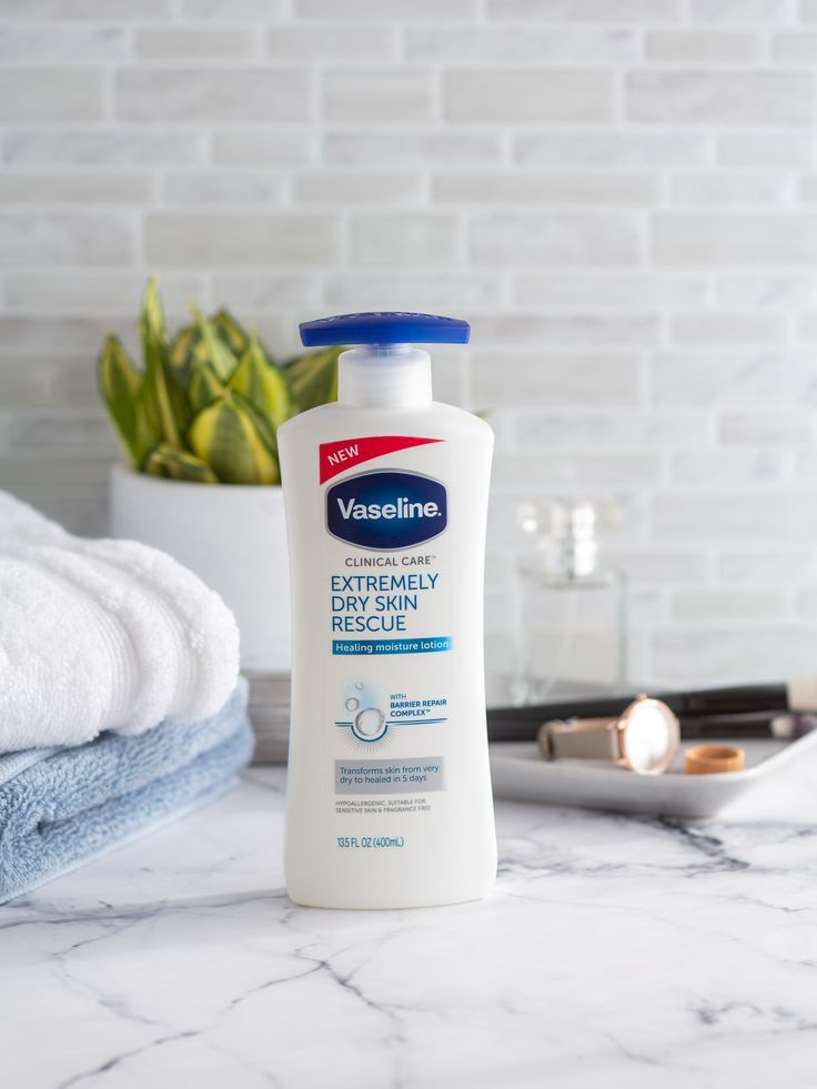 Introducing New Vaseline Clinical Care Lotion Repair Replenish And Rescue Extremely Dry Skin In Just 5 Days Extremely Dry Skin Skin Care Health And Beauty