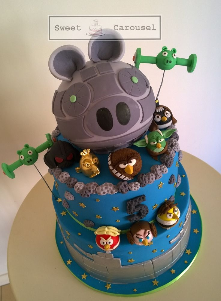 Angry Birds Star Wars Cake by Sweet Carousel