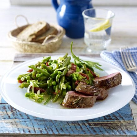 Rosmarin-Lammlachse mit Erbsen-Bohnen-Salat Rezept