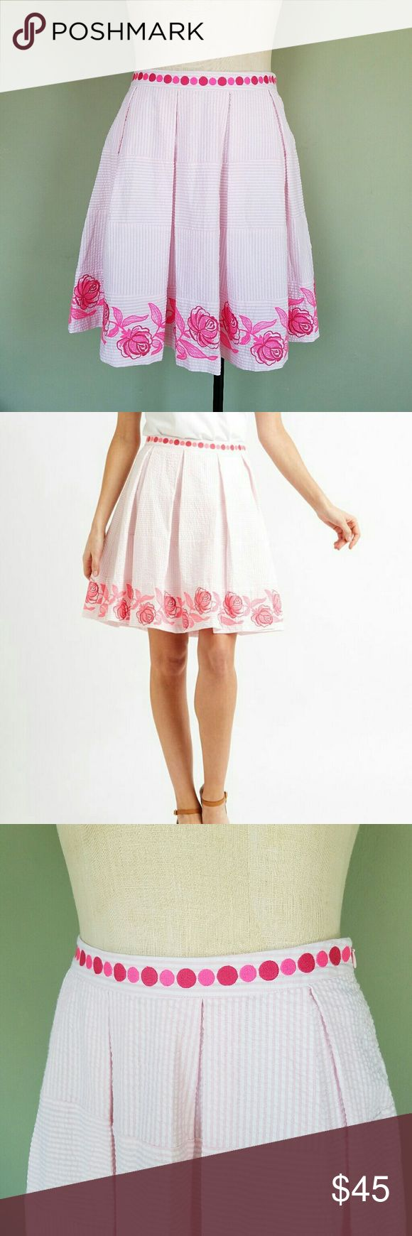 """Vineyard Vines Pink Rose Seersucker Pleated Skirt Vineyard Vines  For Kentucky Derby line. Womens Size 4. Knee length.  """"Crisp pleats define a charming A-line skirt fashioned from breathable cotton seersucker. Girly polka dots pepper the waistline, while a textured rose print details the hem."""" Lined. 100% cotton seersucker. Excellent condition! Vineyard Vines Skirts"""