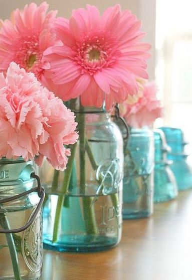 How to make blue mason jar gender reveal centerpieces for UNDER $10!