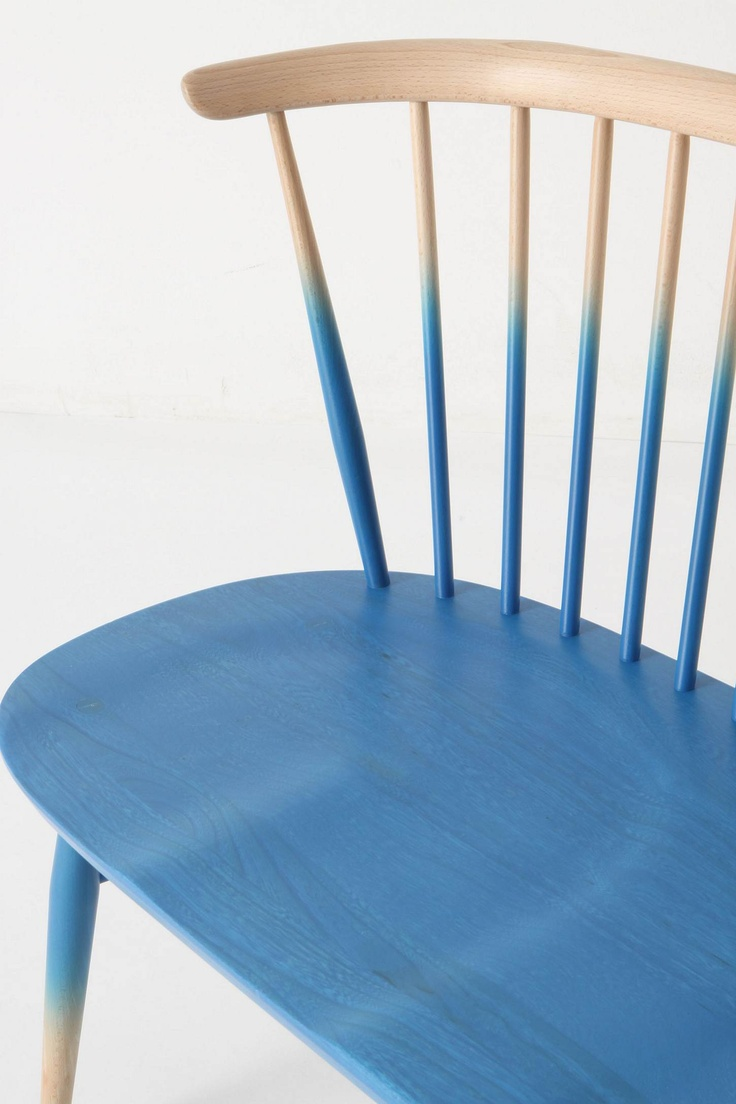 blue ombre-lacquered seat