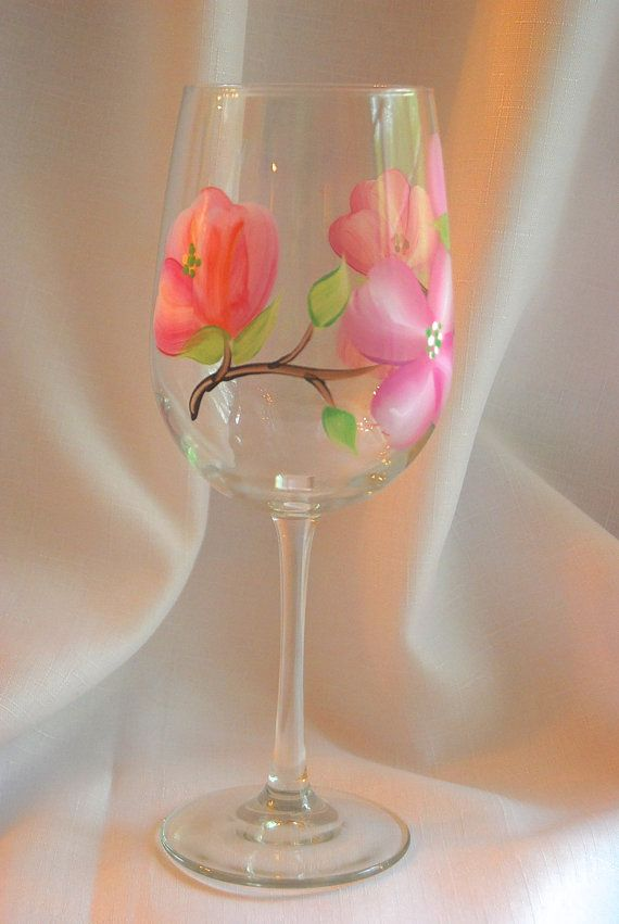 Copas de vino rosado Cornejo flores pintado a mano por glasschris