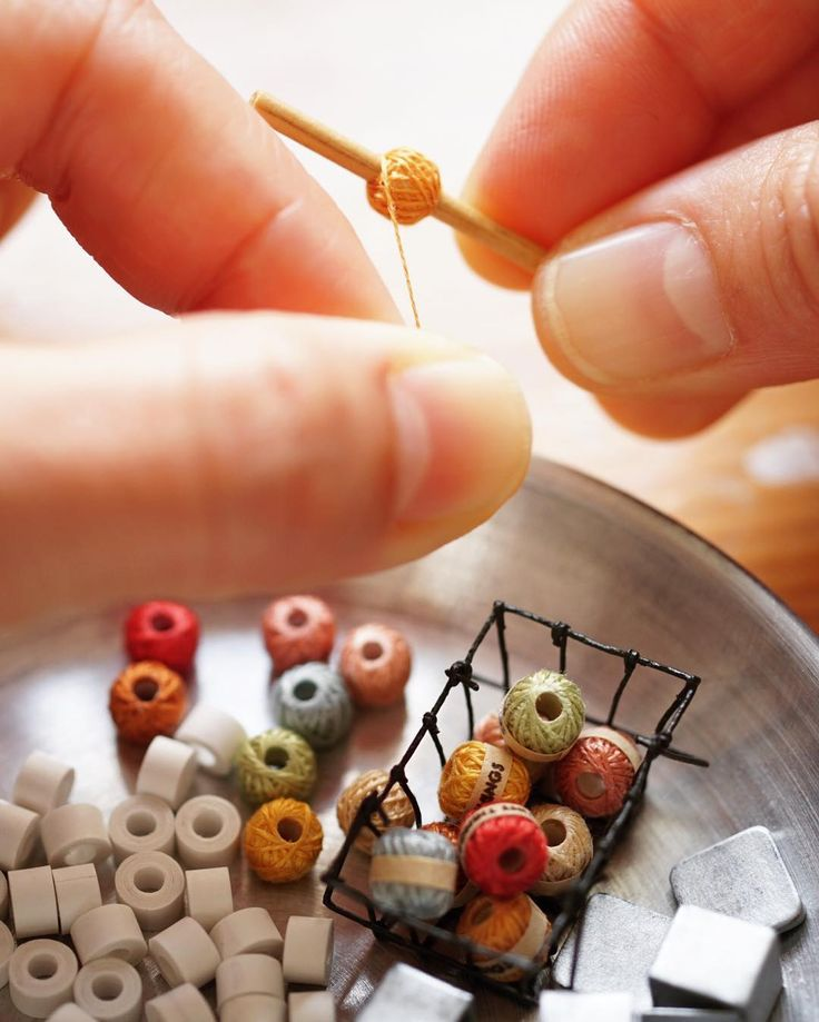 Work in progress - miniature yarn balls. ;) お次は定番?の糸玉を…集中作業中✨ #miniature #dollshouse #diorama