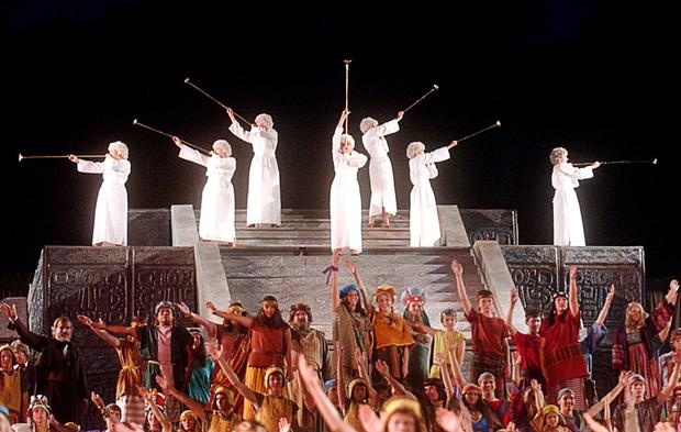 Opening scene w/ angels sounding their trumpets...The Hill Cumorah Pageant takes place every year in July in the town of Palmyra where the LDS religion brought Christ's church back to the Earth.  It tells the story of how an ancient people came from Jerusalem to the New World and their history.  Their trials and blessing and the coming of Christ to the America's.  If you want to know more go to www.mormon.org