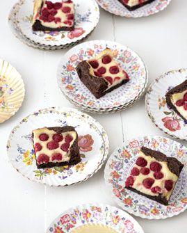 Himbeer-Frischkäse-Brownies - Rezepte - [LIVING AT HOME]