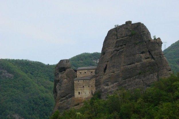 luoghi misteriosi italia - Cerca con Google