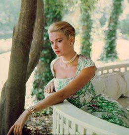 Grace Kelly. She is so incredibly gorgeous and classy. And who doesn't wanna be a princess?!