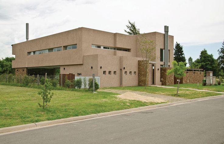PLOA Arquitectos - Casa estilo actual racionalista - Portal de Arquitectos