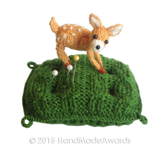 Knitting Patterns For Forest Animals : De 310 beste bildene om Animal Knitting Patterns pa Pinterest Gratis m?nste...