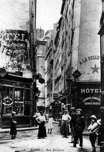 rue Xavier-Privas - Paris ... Vue de la rue vers 1910. Taken from rue Séverin. 2008 Google map: https://www.google.ca/maps/@48.852495,2.345132,3a,75y,16.49h,87.88t/data=!3m5!1e1!3m3!1sEVCXE2CZwh8d4abXk4paFQ!2e0!5s20140601T000000