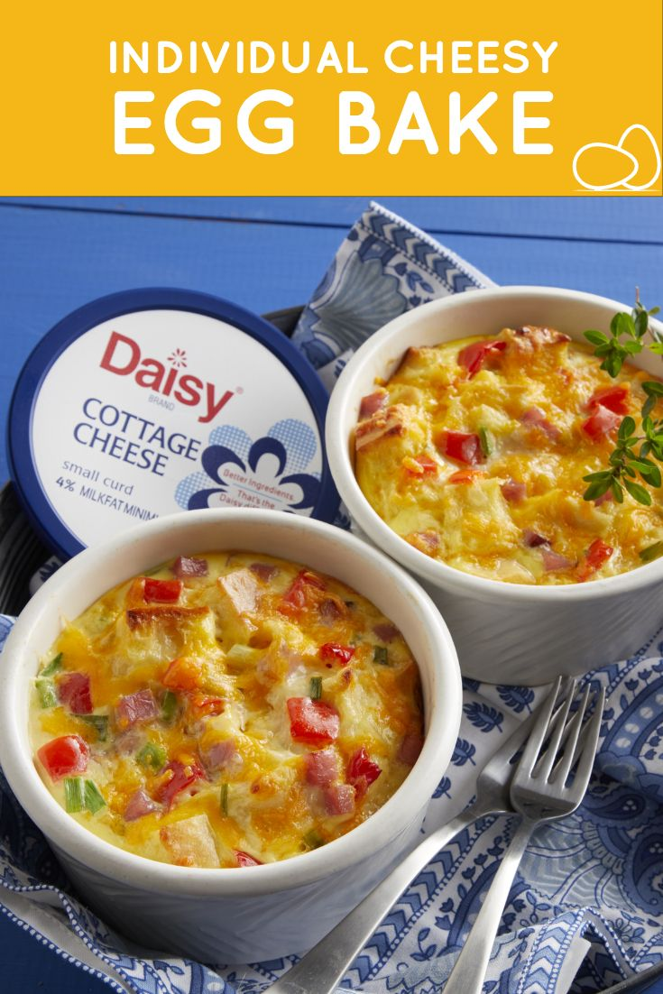 Cheesy Egg Bake Daisy Brand Sour Cream Cottage Cheese Recipe Baked Eggs Cheesy Eggs Large Breakfast Casserole