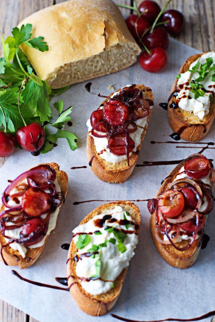 Cherry-Onion Crostini