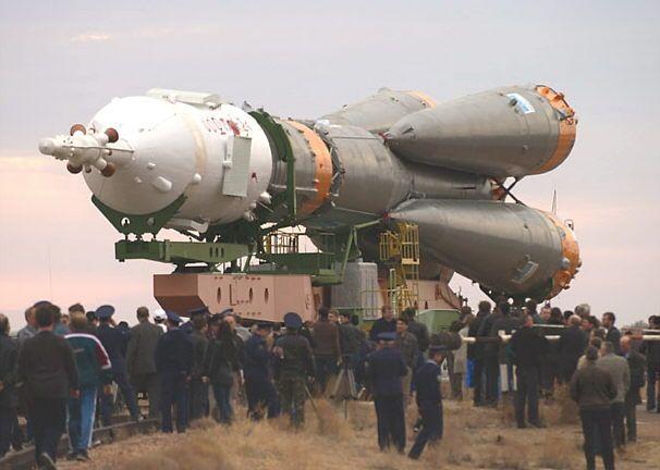 Descomunal Souyz que el 2003 va transportar la Estació Espacial Internacional a l'òrbita.