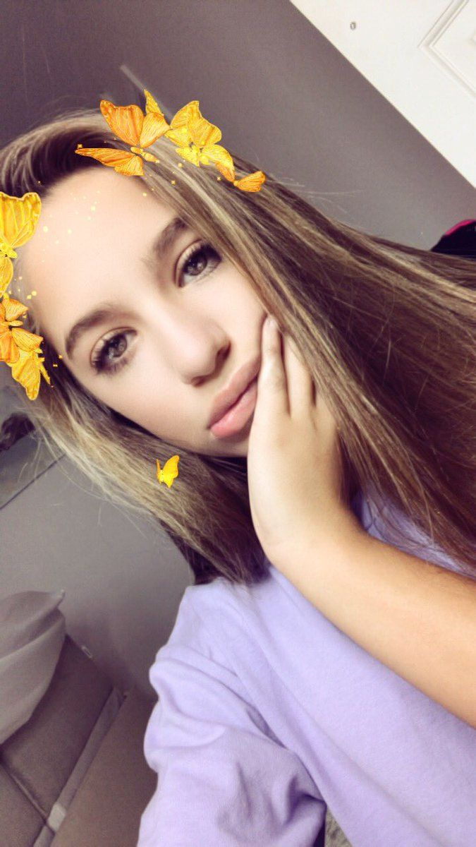 "Mackenzie Ziegler on Twitter: ""Is anyone obsessed with snapchat ..."