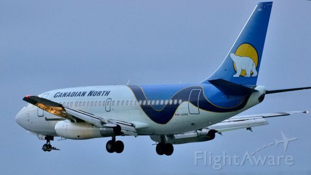 Canadian North Boeing 737-200 (C-GOPW ) at CYOW Arriving from Iqaluit (YFB/CYFB) just after sunset.