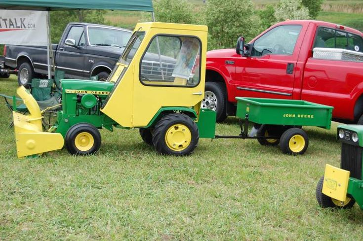 DSC_0391.JPG - Little Guys Show 2013 - Gallery - Garden Tractor Talk