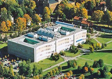 الف)دانشگاههاومراكزآموزشعالي،گروهيك(ممتاز) 1- (Chalmers tekniska hogskola(Chalmers University of Technology 2- (Göteborgs Universitet(Gotebo