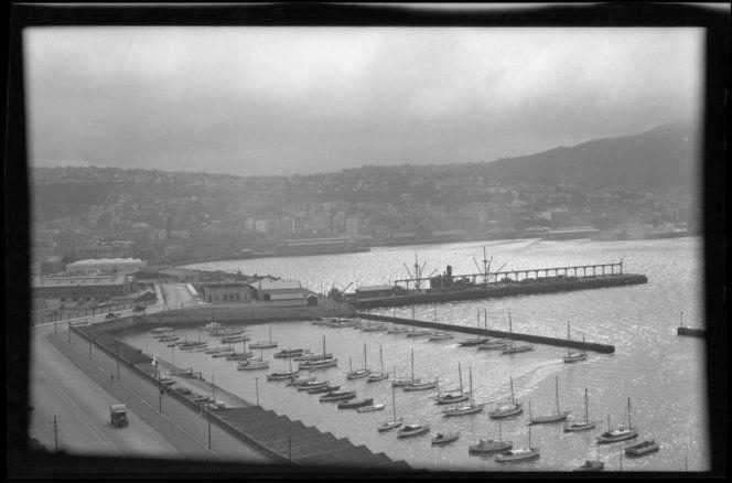 Boat harbour, Oriental Bay, Wellington 1928
